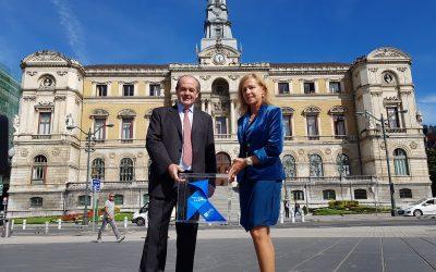 La Pajarita Azul cruza la ría de Bilbao