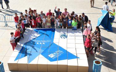 La Pajarita Azul, recibida en Fuenlabrada con un gran puzle